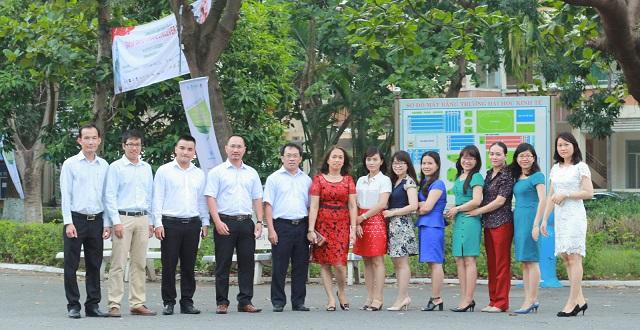 Tập thể Giảng viên và Cán bộ Khoa Luật, Đại học Kinh tế Đà Nẵng